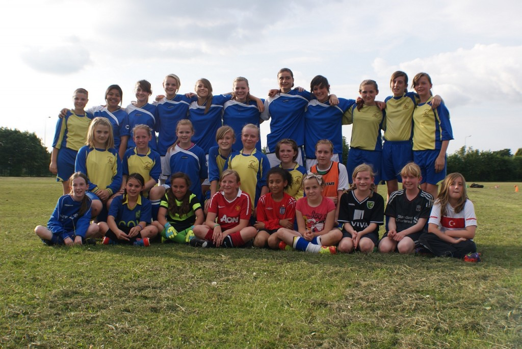 Chasetown Girls Team - Training Session